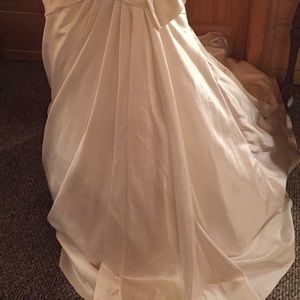 Maggie Sottero Dresses - Maggie sottero memories ivory wedding dress 16